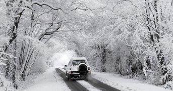 car-in-heavy-snow.jpg