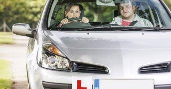 driving-examiner-learner.jpg