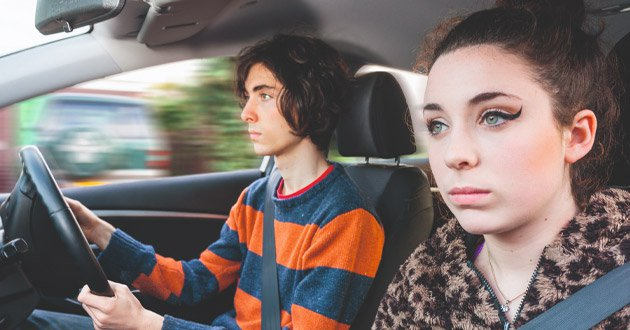young-couple-in-car.jpg